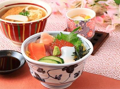 ミニ海鮮ちらし寿司麺セット